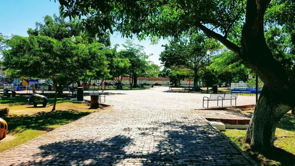 aleman-park-merida-mexico
